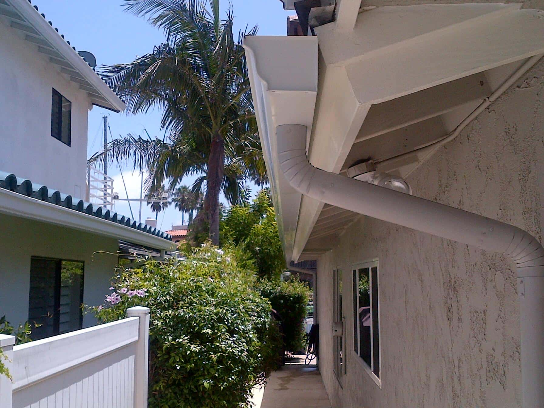 Seamless Gutter Ventura County 6 Inch Ogee Rain Gutters